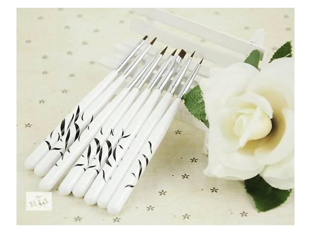 продам Набор кистей 8 в 1 для художественной росписи ногтей бу в Виннице