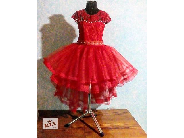 продам Ошатне дитяче плаття святкові сніжинки Червоне на випускний бу в  Полтаві 35598dd2dc453