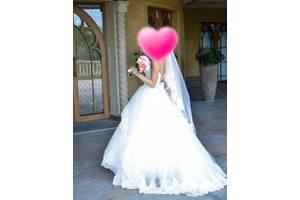 Весільні сукні недорого - купити сукню на весілля бу на RIA.com 4a9bf138bb40a