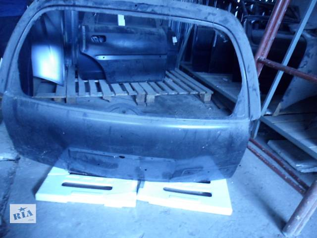 бу Новая кришка багажника универсала опель астра Opel Astra H Caravan GM-93187246 в Киеве