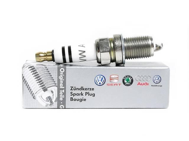 продам Новая свеча зажигания для легкового авто Volkswagen  03F905600A бу в Хмельницком