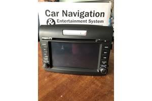 Новый штатный монитор магнитола на Honda CR-V