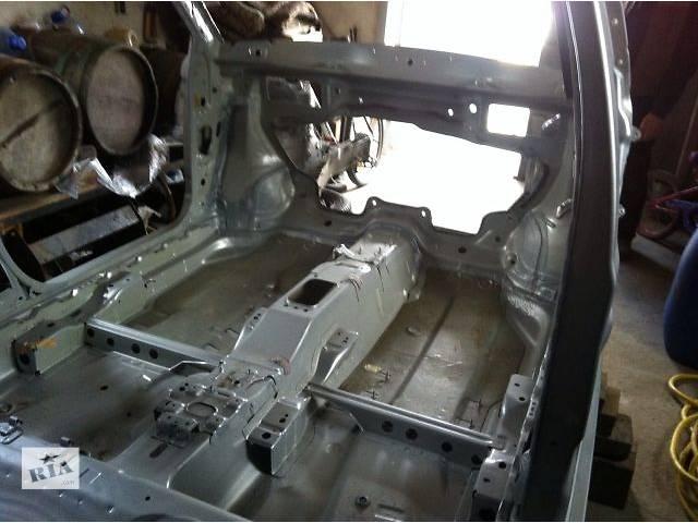 купить бу новый Детали кузова Кузов Легковой Skoda Fabia Хэтчбек 2010 в Ужгороде