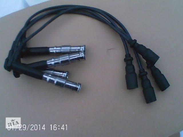 купить бу Новый Электрооборудование двигателя Провода высокого напряжения  BERU Легковой Mercedes 124 1995 в Ковеле