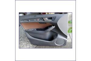 Обшивка-передньої-лівої-дверки-AUDI-Q5-2013