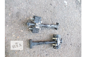 Ограничители двери Opel Astra H Hatchback