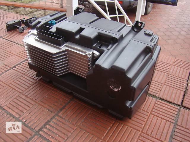 продам Оригинальный сабвуфер с усилителем на динамики Mercedes Viano 639 Установка под ключ! бу в Ровно