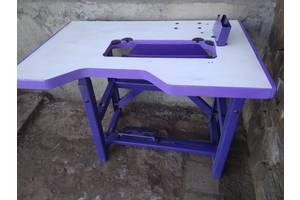 Стол для промышленной швейной машинки.