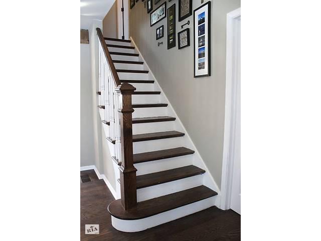 бу Лестницы Stairs; Лестницы. Балясины и подступенки (дубовые) в Городке