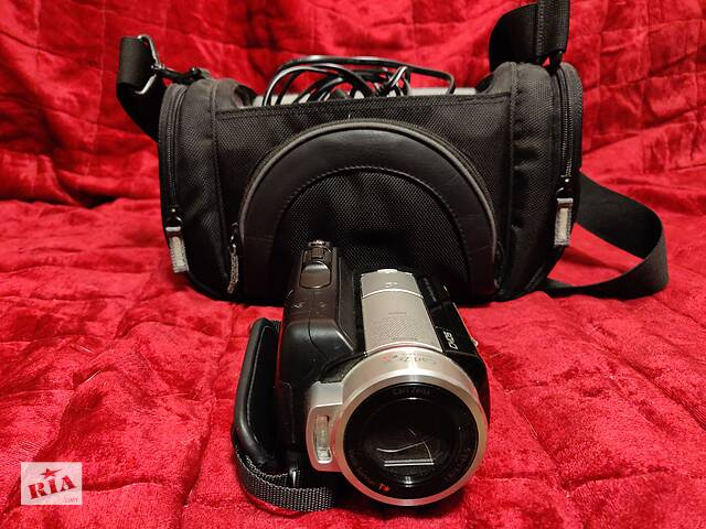 продам Видеокамера Sony HDR SR 10E бу в Херсоне