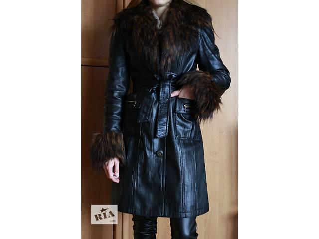 продам пальто-плащ бу в Алчевске