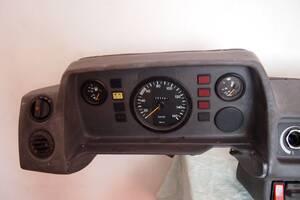 Панель приборов/спидометр/для Mercedes 308 1985-1995рв на мерседес 207-410 1994рв цена 1200гр за всю панель гарантия