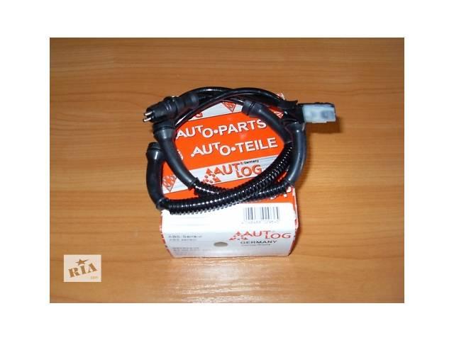 купить бу Передний  датчик  ABS  с круглой розеткой  AUTLOG  Германия  на  1.9 / 2.0 / 2.5dci - RENAULT TRAFIC / OPEL VIVARO в Луцке
