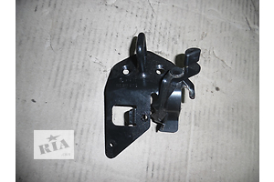 б/у Замки крышки багажника Skoda Octavia A5