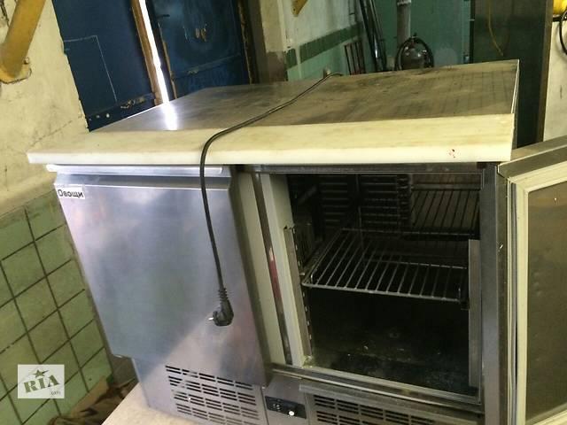продам Продам холодильный стол бу Zanussi для ресторана кафе бара. Бу  холодильный стол занусси выполнен из нержавеющей стали  бу в Киеве