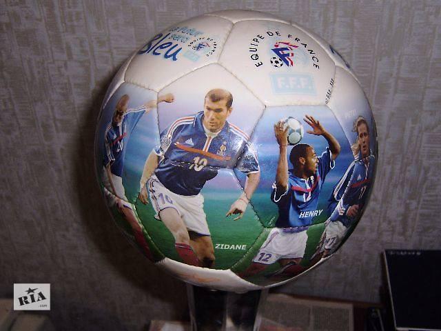 купить бу продам коллекционный футбольный мяч. EQUIPE DE  FRANCE в Новой Каховке