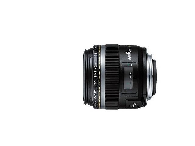 продам Продам макрообъектив Canon бу в Киеве
