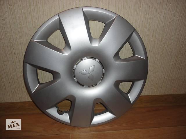 бу Продам Оригинальные колпаки на колеса Mitsubishi Lancer X Мицубиси Лансер 10 R16 Оригинал A040A в Киеве