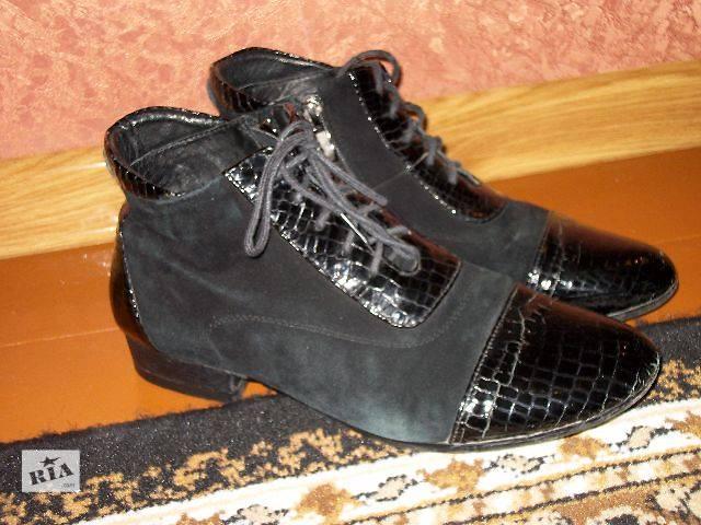 купить бу Продам женские ботинки замш + лак в Хмельницком
