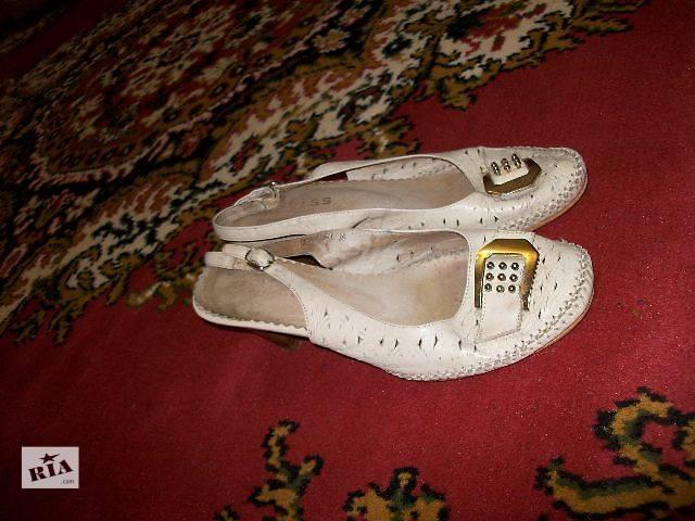 продам продам женские кожаные босоножки на каблуке бу в Хмельницком