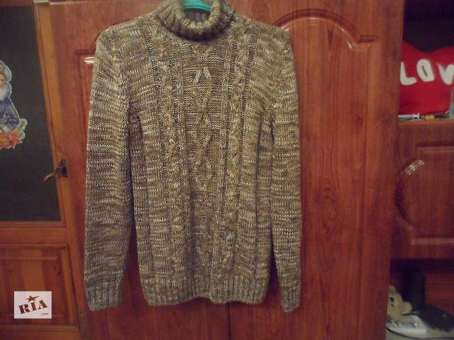 продам продаю зимовий светр бу в Броварах