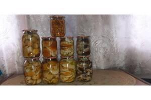 Продам мариновані гриби білі, лисички, асорті.
