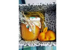 Великодній набір ( мед+восковий зайчик) в подаруновій коробці