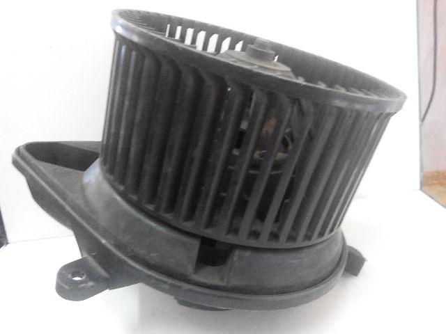 купить бу Renault Master  2003г.выпуска вентилятор печки в Луцке