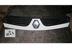 б/у Решётки бампера Renault Master груз.