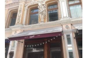 Чистка, химчистка зонтов для ресторана от 400, маркиз, парусов, тентов