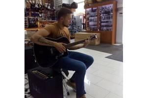 Уроки гри на гітарі та укулеле очно или онлайн