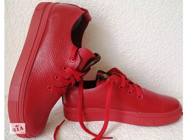 66a3f2ad2139 Gucci! Красные кожаные кеды мокасины женские слипоны в стиле Гуччи ...