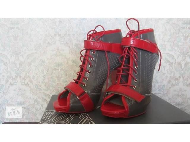бу Новые фирменные женские ботиночки р.36 в Никополе