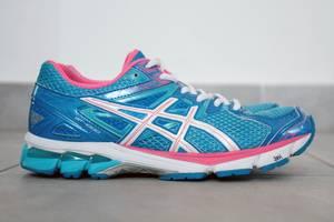 б/у Женская обувь для фитнеса Asics