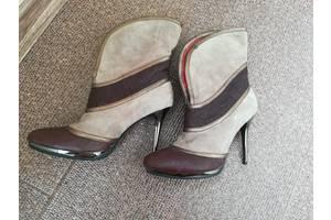 б/у Женские ботинки и полуботинки Luciano Carvari