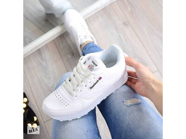 Розпродаж Жіночі Кросівки Reebok ХІТ 2018 - Жіноче взуття в ... 12edf6044bb95