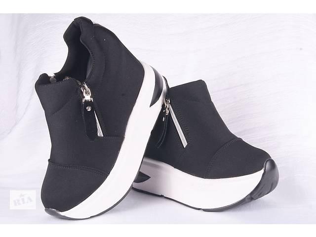 Жіночі кросівки на платформі 00216 - Жіноче взуття в Мелітополі на ... 5178a9d69ed99