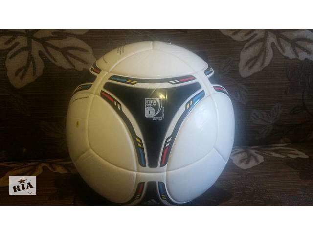 продам Отличный футбольный мяч Adidas Tango бу в Бердичеві