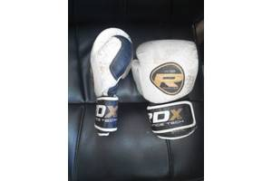 б/у Боксерские перчатки RDX