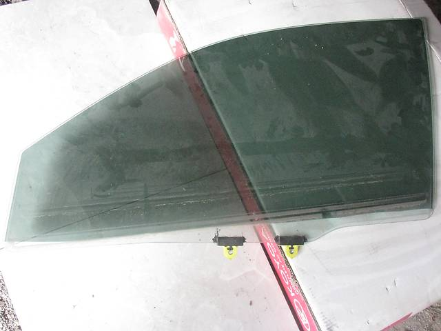 продам  Стекло двери для легкового авто Mitsubishi Lancer бу в Днепре (Днепропетровск)