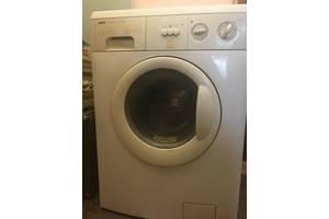б/в Вертикальні пральні машинки Zanussi