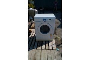 б/в Фронтальні пральні машинки LG