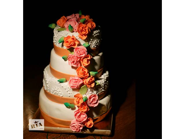 Свадебный торт на заказ- объявление о продаже  в Харькове