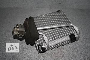 б/у Радиаторы кондиционера Volkswagen T5