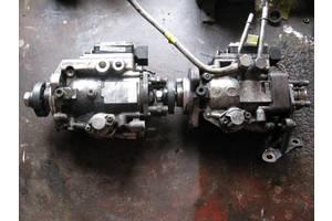 б/у Топливные насосы высокого давления/трубки/шестерни Dodge Ram Van