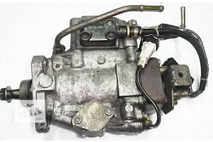 б/в Паливні насоси високого тиску / трубки / шестерні Jaguar Cherokee