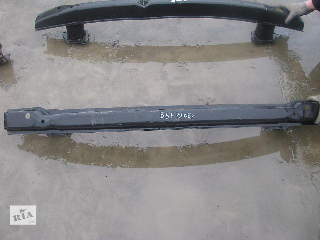 продам усилитель заднего бампера для седана Volkswagen B5, 2003 бу в Львове