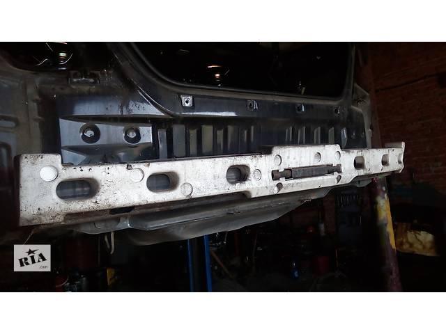 бу усилитель заднего/переднего бампера для седана Toyota Camry 30 2002-05 в Львове