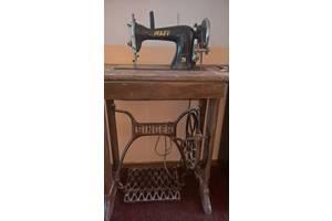 б/в Ножні швейні машинки