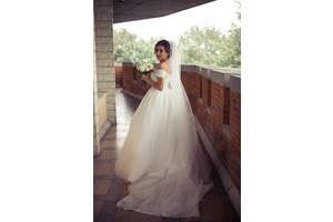 31e97666e79d21 Доставка в Стрий з Бродів. 3 600 грн. Добавить фото. Весільна сукня. Продам  розкішну весільну сукню ...
